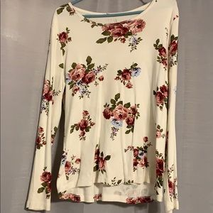 Cream with pink/maroon/baby blue flowers T-shirt